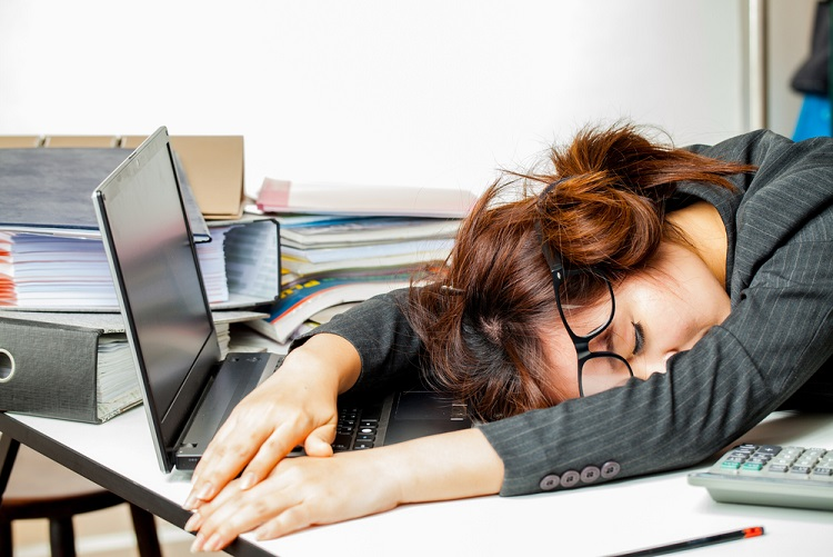 How to Thump an Afternoon Slump and Be Productive