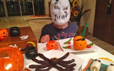Healthy Halloween: Enjoy Treats, Avoid Sugar Tricks! + Nutritious Party Foods